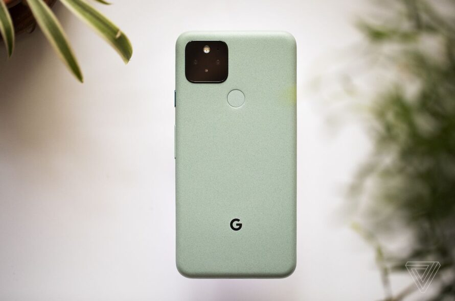 Google Pixel phones may acquire face-based Auto-Rotate with Android 12