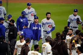 Seats void for Dodgers, Padres in tenth