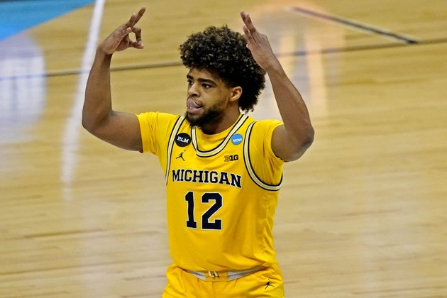 Michigan basketball's Mike Smith to seek after NBA career